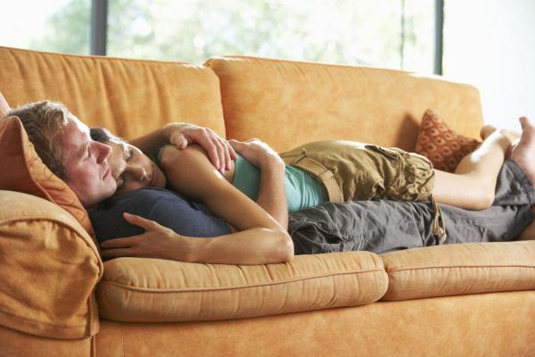 Преображение дивана - создание уютного места для отдыха